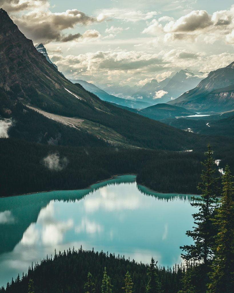 Paysage du Canada avec un lac